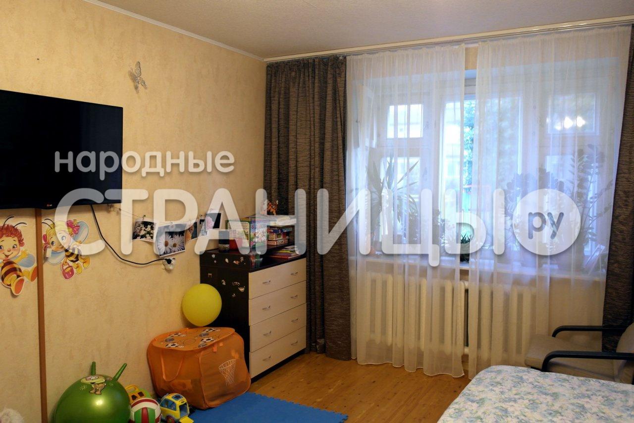 1-комнатная квартира, 42.0 м²,  2/4 эт. Кирпичный дом
