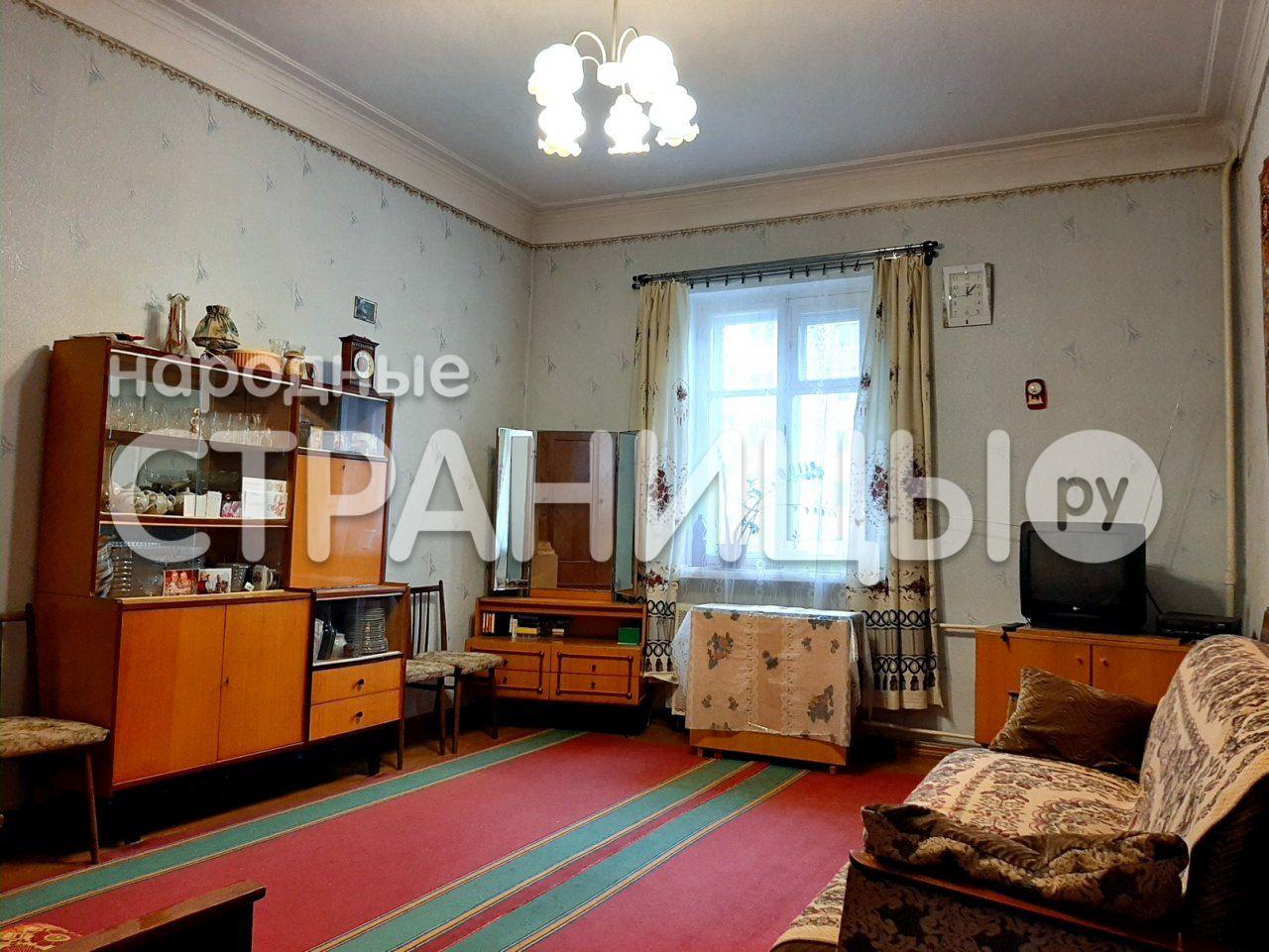 2-комнатная квартира, 49.2 м²,  3/3 эт. Кирпичный дом