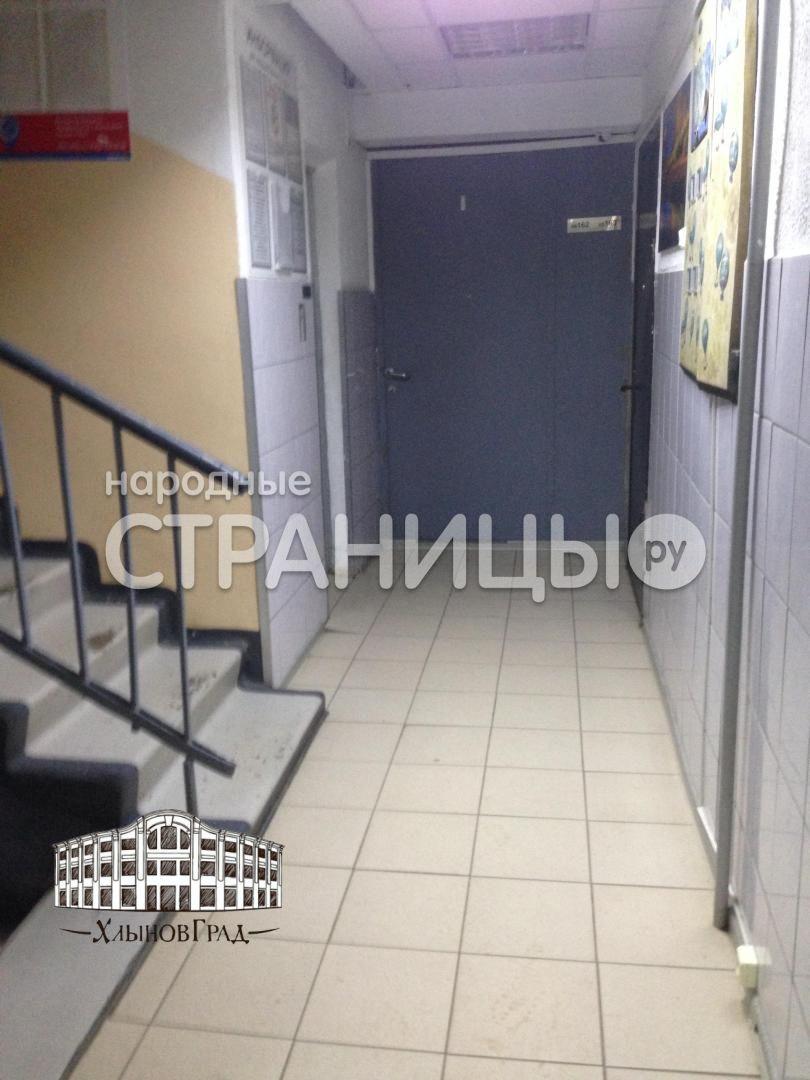 2-комнатная квартира, 53.0 м²,  1/9 эт. Кирпичный дом