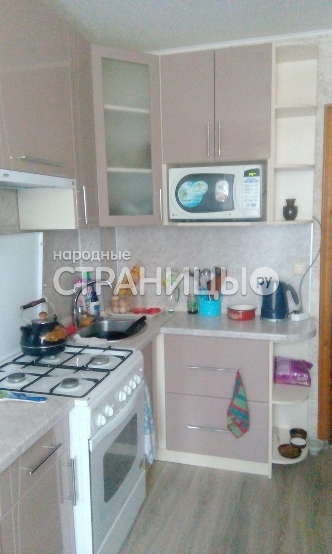 2-комнатная квартира, 42.1 м²,  3/5 эт. Кирпичный дом