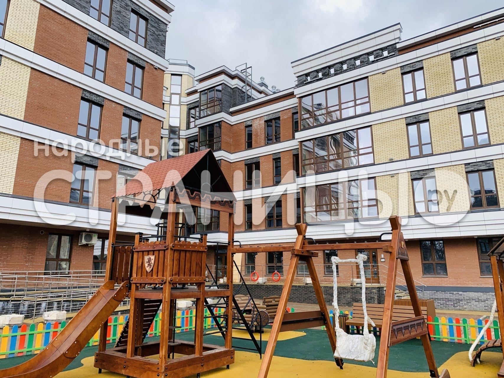 3-комнатная квартира, 102.13 м²,  2/5 эт. Монолитный дом