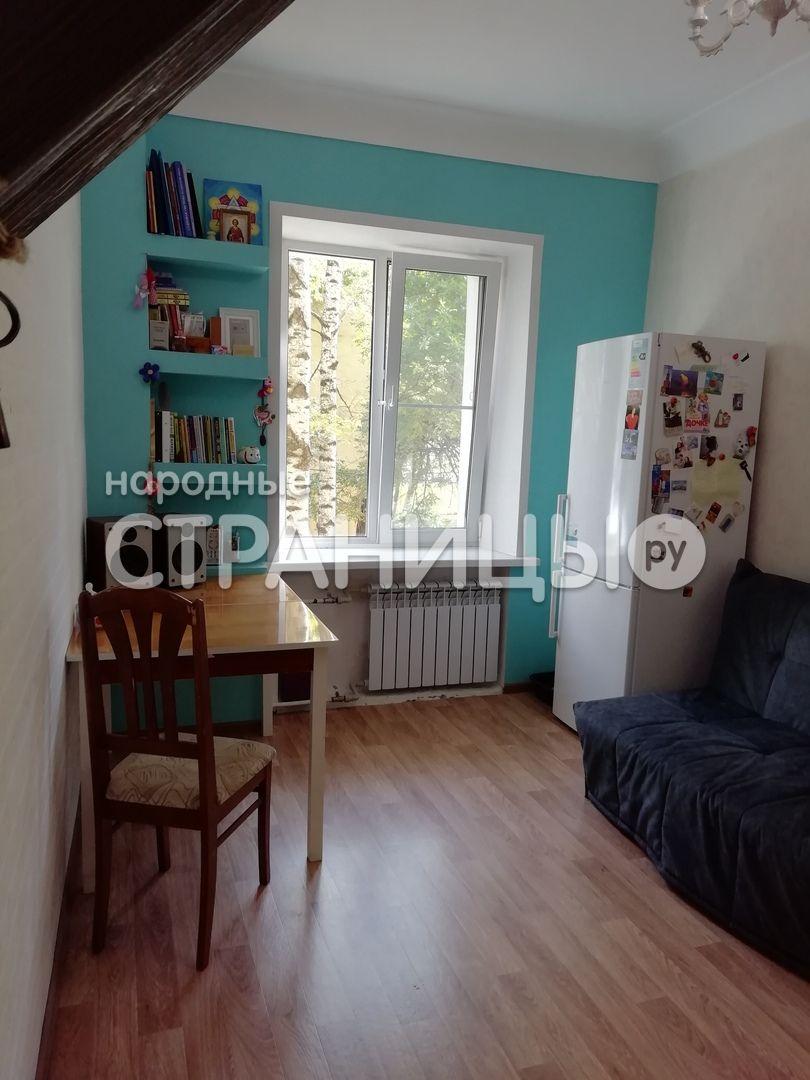 3-комнатная квартира, 67.2 м²,  2/3 эт. Кирпичный дом