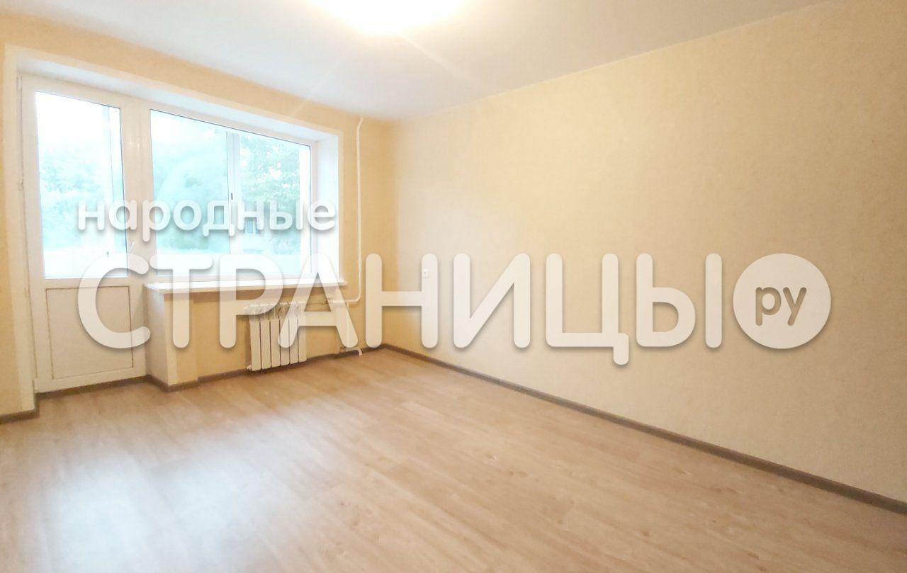 3-комнатная квартира, 58.0 м²,  2/5 эт. Кирпичный дом