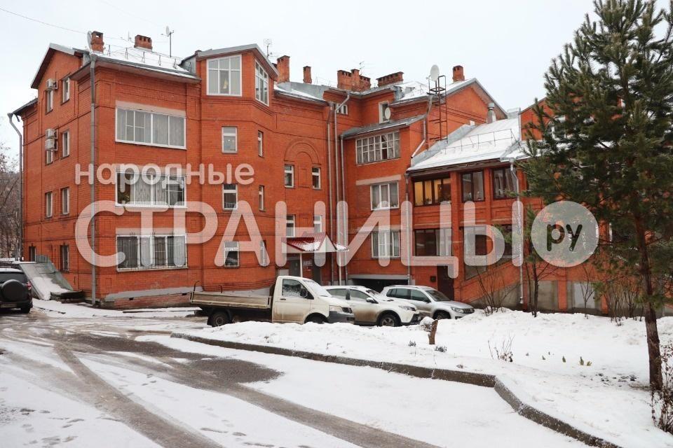 2-комнатная квартира, 70.0 м²,  3/4 эт. Кирпичный дом, Вторичное жилье