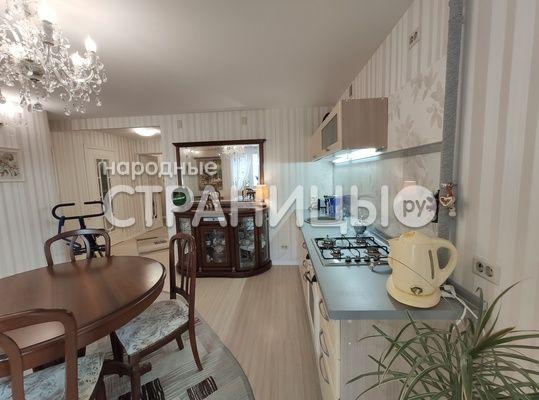 2-комнатная квартира, 61.5 м²,  6/8 эт. Кирпичный дом, Вторичное жилье