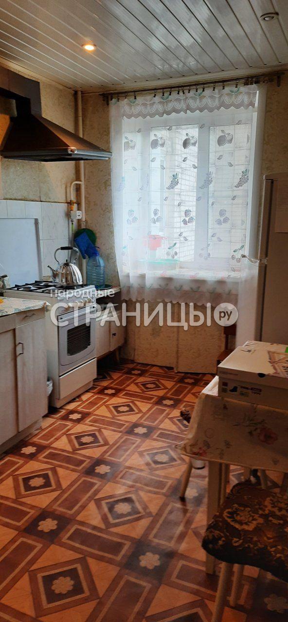 3-комнатная квартира, 63.5 м²,  3/9 эт. Кирпичный дом